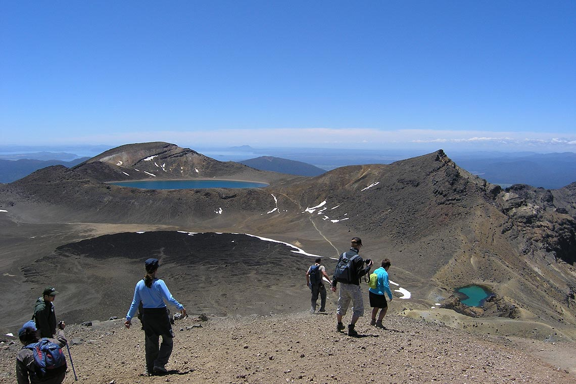 tongariro-alpine-crossing-transport